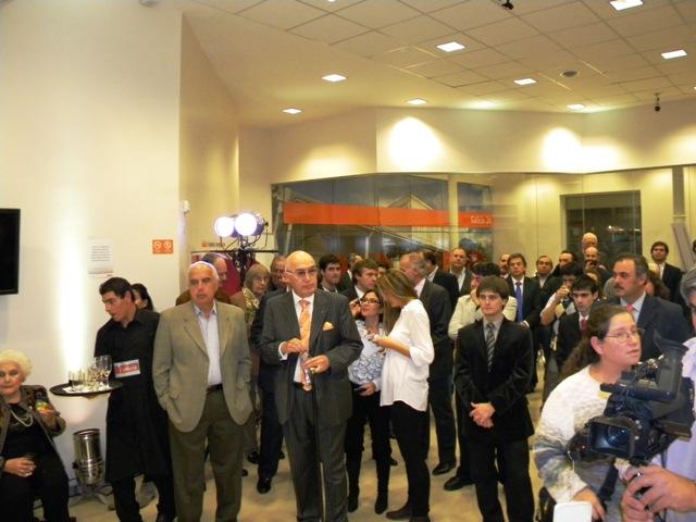 Presentaron oficialmente la nueva sucursal de banco for Banco galicia busca cajeros