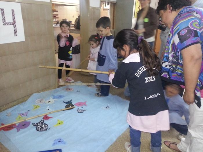 El jard n de infantes n 906 festej el d a de la familia info saladillo for Juegos para nios jardin de infantes