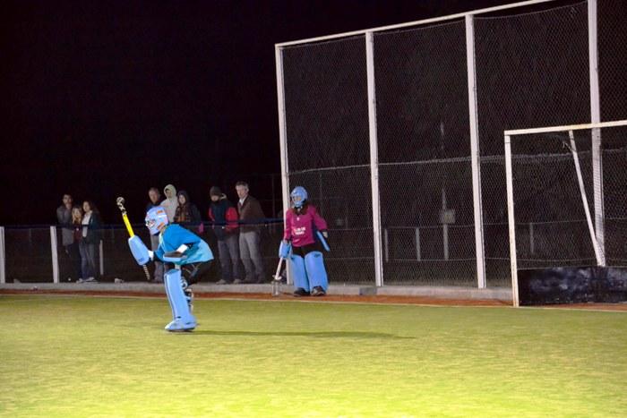 140607 Hockey Sub 14 1