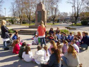 150612 Lectura en la plaza (2)