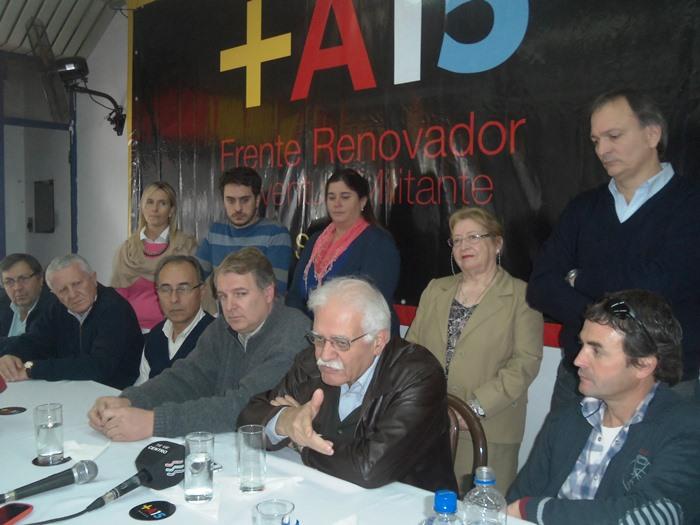 150729 Conferencia Frente Renovador (3)
