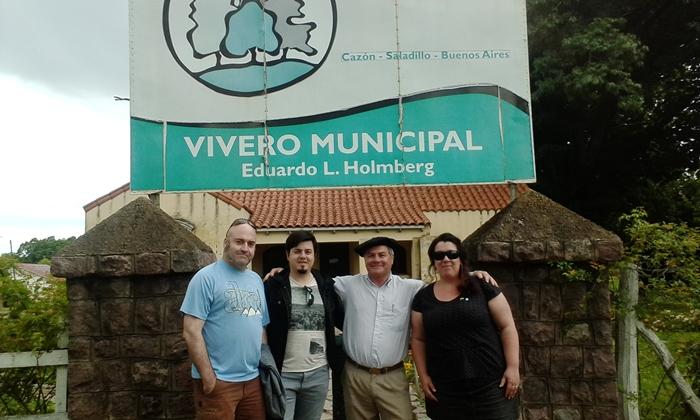 Delegaci n de vascos recorrieron el vivero municipal for Vivero municipal
